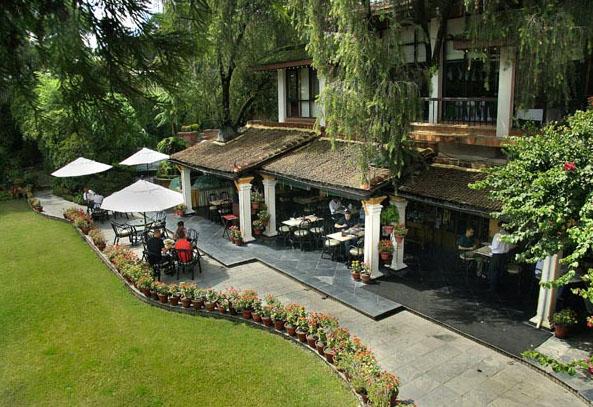 Thiết kế cafe sân vườn đẹp ngoài trời