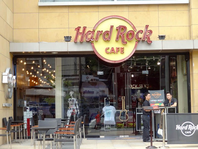 Hard Rock Cafe Sai Gon - Quán cafe quận 1