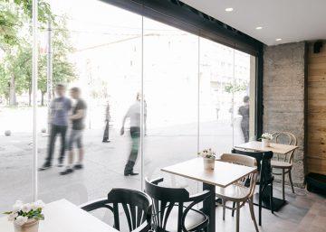 Trắng - Đen: Sự tối giản màu sắc trong thiết kế quán cafe 3